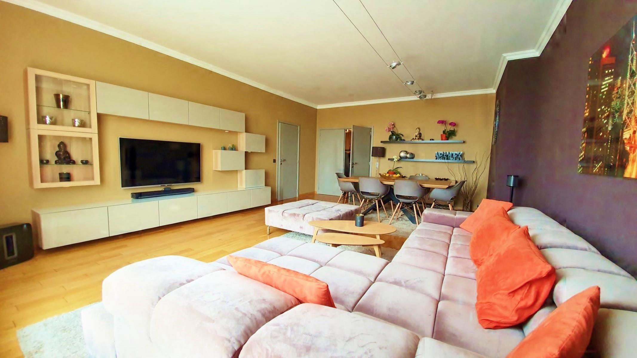 Appartement - Ixelles - #3863047-0