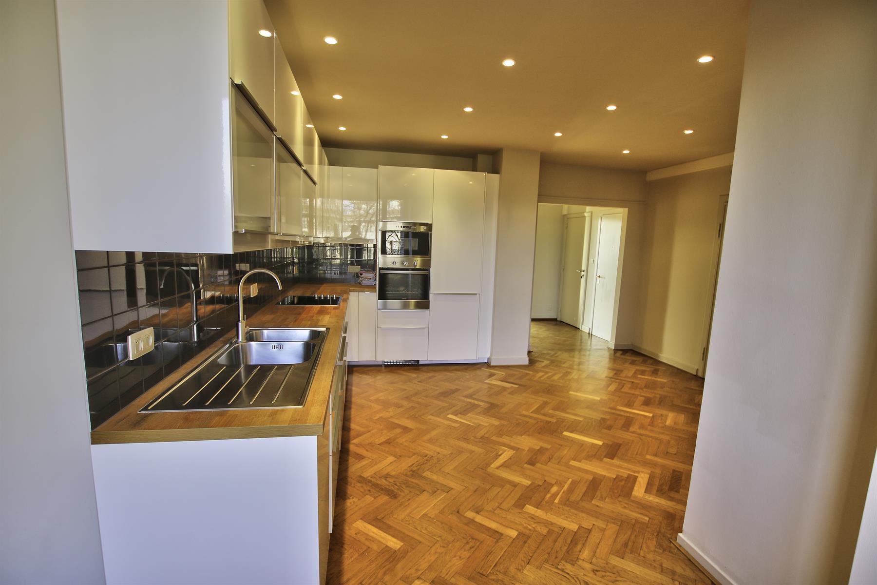Appartement - Woluwe-Saint-Pierre - #3956784-3