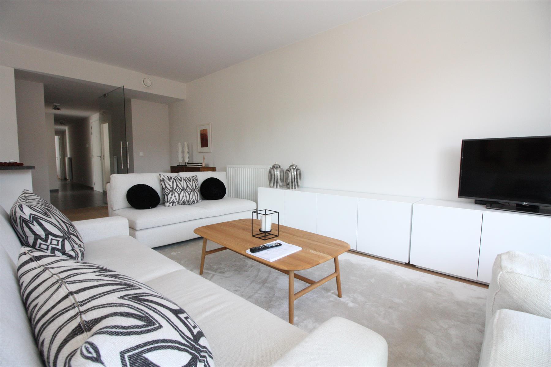 Appartement - Etterbeek - #3978340-1
